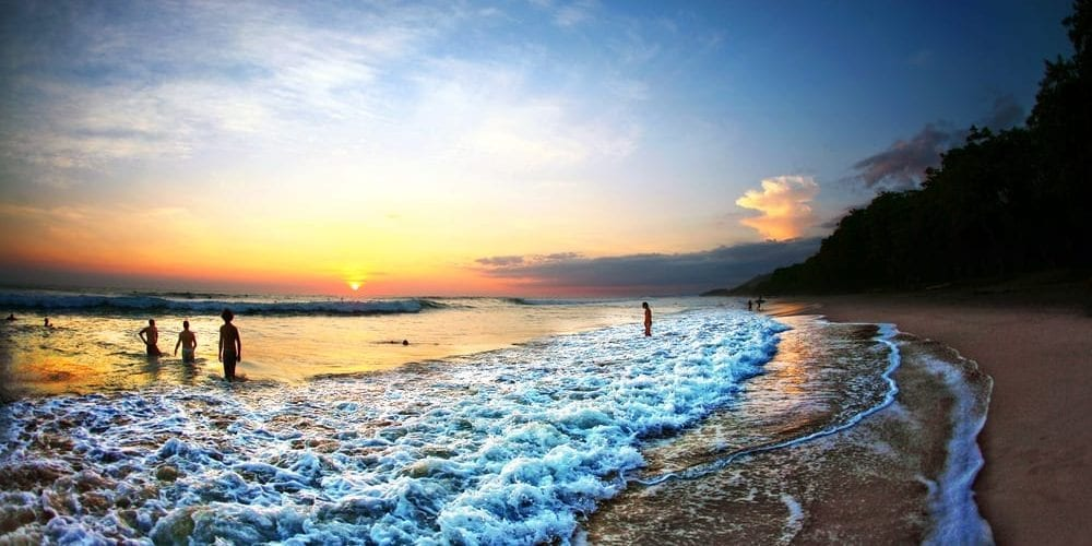 Living Abroad: Best Choice to Retire in Costa Rica